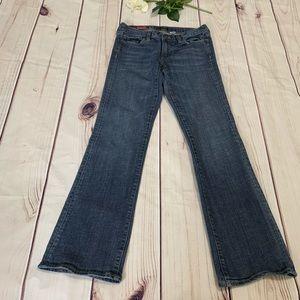J CREW WOMEN'S SIZE 28 Hipslung Bootcut jeans